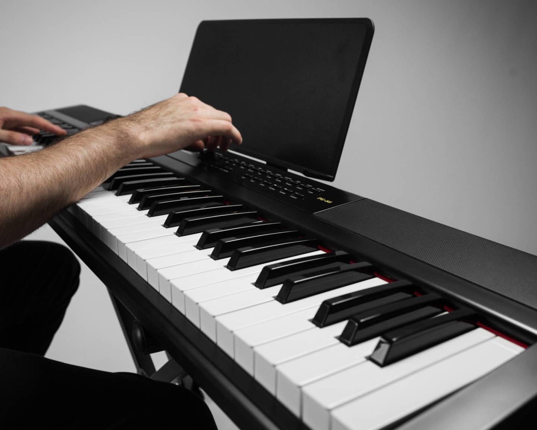 Piano digital PE-88